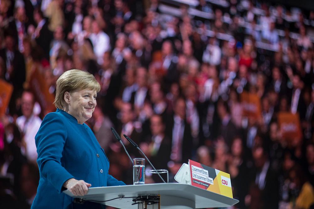 07 DEC 2018, HAMBURG/GERMANY:<br /> Angela Merkel, CDU, Bundeskanzlerin, haelt Ihre letzte Rede als Parteivorsitzende, CDU Bundesparteitag, Messe Hamburg<br /> IMAGE: 20181207-01-015<br /> KEYWORDS: party congress, speech