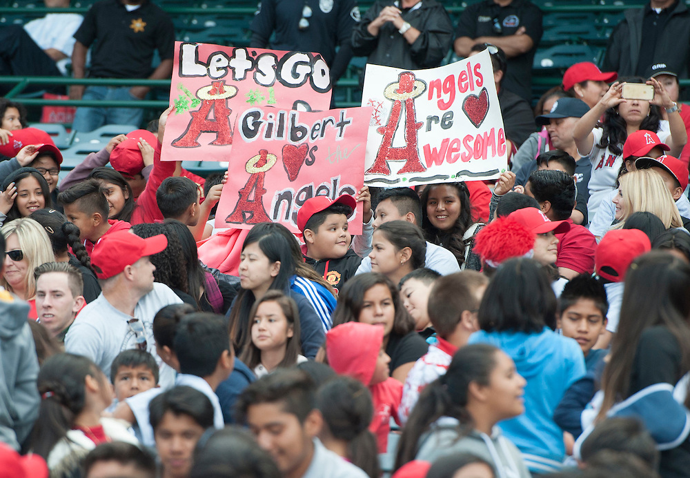 Students show their support for the Angels during the Orange County Gang Reduction and Intervention Partnership Angels game Tuesday.<br /> <br /> ///ADDITIONAL INFO:   <br /> <br /> angels.0427.kjs-pre  ---  Photo by KEVIN SULLIVAN / Orange County Register  --  4/26/16<br /> <br /> The Los Angeles Angels take on the Kansas City Royals Tuesday at Angel Stadium.<br /> <br /> <br />  4/26/16