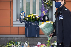 ©Licensed to London News Pictures 26/09/2020  <br /> Croydon, UK. A rugby shirt memorial for Sgt Matt Ratana at Croydon Custody Centre. A murder investigation has been launched by police after the death of custody police sergeant Matt Ratana at the Croydon Custody Centre in South London yesterday.Photo credit:Grant Falvey/LNP