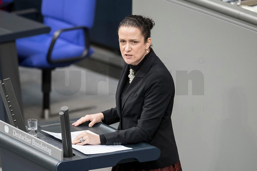 14 FEB 2019, BERLIN/GERMANY:<br /> Nicole Hoechst, MdB, AfD, Bundestagsdebatte, Plenum, Deutscher Bundestag<br /> IMAGE: 20190214-01-042<br /> KEYWORDS: Bundestag, Debatte