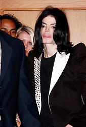JUAN CARLOS/©2009 RAMEY PHOTO 310-828-3445<br /> <br /> NO EUROPE - UK OK<br /> <br /> Los Angeles, May 20 2009<br /> <br /> MICHAEL JACKSON who recently cancelled the 1st few dates of his comeback tour, leaves his Dr's office in Beverly Hills. <br /> <br /> PGjc68 (Mega Agency TagID: MEGAR76121_1.jpg) [Photo via Mega Agency]