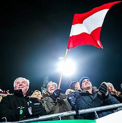 26.01.2016, Planai, Schladming, AUT, FIS Weltcup Ski Alpin, Schladming, Slalom, Herren, 2. Durchgang, im Bild v.l.: Hermann Schützenhöfer (Landeshauptmann Steiermark), Bundespräsident Heinz Fischer und Michael Schickhofer (Landeshauptmann Stv. Steiermark) // f.l.t.r: The governer of Styria Hermann Schuetzenhoefer with the Austrian President Heinz Fischer and the vice governer of Styria Michael Schickhofer during the 2nd run of men's Slalom Race of Schladming FIS Ski Alpine World Cup at the Planai in Schladming, Austria on 2016/01/26. EXPA Pictures © 2016, PhotoCredit: EXPA/ Johann Groder