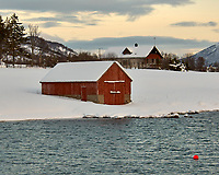 Lofoten Boathouse. Image taken with a Nikon D2xs camera and 80-400 mm VR lens (ISO 200, 80 mm, f/5.3, 1/250 sec)