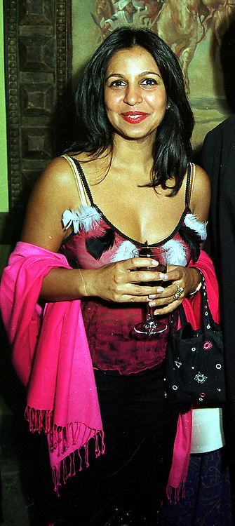 The HON.PRITI PAUL daughter of Lord Paul, at a party in London on 25th October 1999.MYC 36 wo