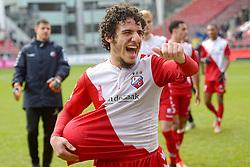 13-12-2015 NED: FC Utrecht - AFC Ajax, Utrecht<br /> Utrecht verslaat Ajax opnieuw in de Galgenwaard 1-0 / Yassin Ayoub #6 scoort de winnende treffer en neemt na de wedstrijd de wedstrijdbal mee