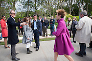 BILL NIGHY; HELENA BONHAM-CARTER; GAEL CLUTTERBUCK, Press and VIP viewing day. Chelsea Flower show, Royal Hospital Grounds. Chelsea. London. 18 May 2009