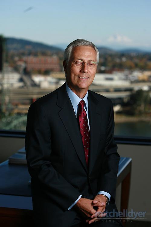 Ray Davis, president/CEO of Umpqua Bank poses in hi Portland, Oregon office on November 12, 2006.<br /> <br /> Photo by Craig Mitchelldyer