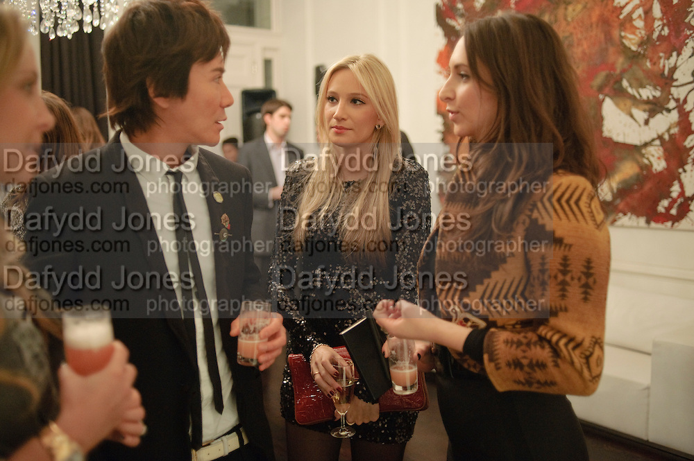 Andy Wong; Kimberley Jaraj; Jessica Hollander Kane, Gino Hollander exhibition, Also a chance to see  the flat at 105-106 Lancaster Gate which is for sale. London. 4 February 2010.