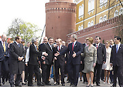 Moscow, Russia, 09/05/2005..Russian President Vladimir Putin and wife Ludmilla lead a wreath-laying ceremony at the Tomb of the Unknown Soldier.