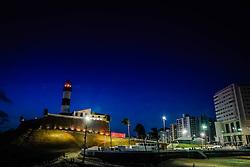 Construído em 1696 para proteger a Baía de Todos os Santos, o Forte de Santo Antônio ganhou, logo após sua inauguração, um farol para orientar as embarcações que ali entravam, missão que é cumprida até hoje. O espaço  abriga o Museu Náutico da Bahia, que oferece visitas monitoradas. FOTO: Jefferson Bernardes/ Agência Preview