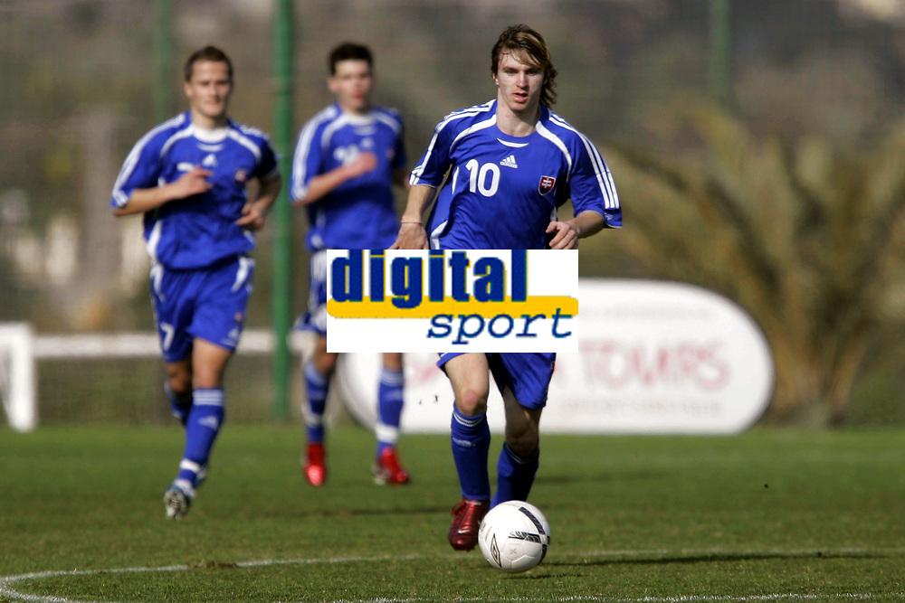 Fotball / Football<br /> International U 19 Team Tournament<br /> Norge v Slovakia 2-2<br /> Norway v Slovakia 2-2 at La Manga - Spain<br /> 04.02.2007<br /> Foto: Morten Olsen, Digitalsport<br /> <br /> Lukas Denes - MFK Ruzomber. / Slovakia