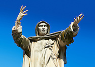 Statue of Savonarola Statue, Ferrara, Italy .<br /> <br /> Visit our ITALY PHOTO COLLECTION for more   photos of Italy to download or buy as prints https://funkystock.photoshelter.com/gallery-collection/2b-Pictures-Images-of-Italy-Photos-of-Italian-Historic-Landmark-Sites/C0000qxA2zGFjd_k<br /> If you prefer to buy from our ALAMY PHOTO LIBRARY  Collection visit : https://www.alamy.com/portfolio/paul-williams-funkystock/ferrara.html .<br /> <br /> Visit our ITALY HISTORIC PLACES PHOTO COLLECTION for more   photos of Italy to download or buy as prints https://funkystock.photoshelter.com/gallery-collection/2b-Pictures-Images-of-Italy-Photos-of-Italian-Historic-Landmark-Sites/C0000qxA2zGFjd_k<br /> .<br /> <br /> Visit our EARLY MODERN ERA HISTORICAL PLACES PHOTO COLLECTIONS for more photos to buy as wall art prints https://funkystock.photoshelter.com/gallery-collection/Modern-Era-Historic-Places-Art-Artefact-Antiquities-Picture-Images-of/C00002pOjgcLacqI