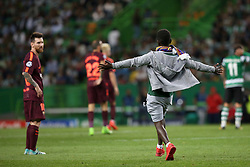 September 27, 2017 - Lisbon, Portugal - A fan of Barcelona's Argentine forward Lionel Messi enters the field during the UEFA Champions League football match Sporting vs Barcelona at the Alvalade stadium in Lisbon, Portugal on September 27, 2017. Photo: Pedro Fiuza  (Credit Image: © Pedro Fiuza/NurPhoto via ZUMA Press)