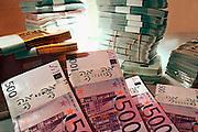 Nederland, Nijmegen, 1-2-2002Eurobankbiljetten, geld, fraude, belasting, budget,rijkdom, financieringFoto: Flip Franssen/Hollandse Hoogte
