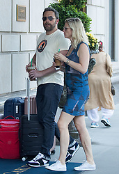 EXCLUSIVE: Ben Affleck and girlfriend, Lindsay Shookus grab iced-coffees in New York. The casually-dressed couple were spotted while heading back to their hotel. 19 Jul 2017 Pictured: Ben Affleck, Lindsay Shookus. Photo credit: MEGA TheMegaAgency.com +1 888 505 6342