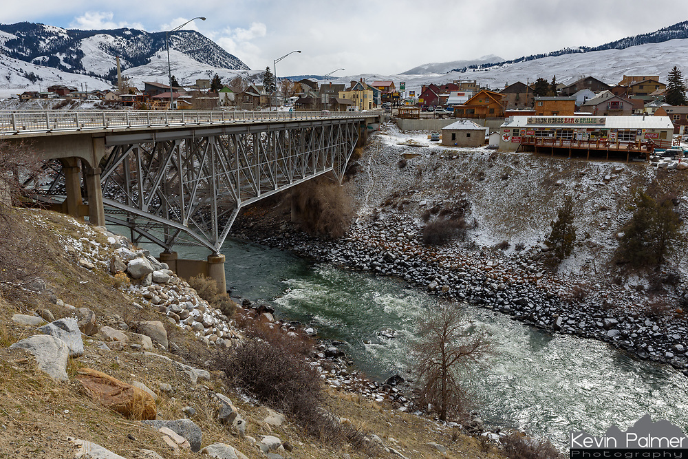 The small town of Gardiner, Montana, is found at the north entrance of Yellowstone National Park. The Yellowstone River splits the town in half.