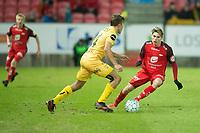 Fotball ,<br /> 2018 ,  <br /> Eliteserien , <br /> Brann Stadion , <br /> Brann - Bodø/Glimt<br /> Taijo Teniste (L) og Kasper Skaanes (R) , Brann<br /> Fredrik Bjørkan (M) , Bodø Glimt<br /> Foto: Astrid M. Nordhaug