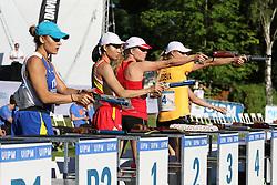 30.06.2015, Olympiapark Berlin, Berlin, GER, moderner Fünfkampf WM, Staffelbewerb Damen, im Bild Annika Schleu (TSV Spandau, 2.v.re.) beim Schiessen im Combined // during Women's relay race of the the world championship of Modern Pentathlon at the Olympiapark Berlin in Berlin, Germany on 2015/06/30. EXPA Pictures © 2015, PhotoCredit: EXPA/ Eibner-Pressefoto/ Hundt<br /> <br /> *****ATTENTION - OUT of GER*****