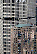 New York . elevated view  on Manhattan cityscape. Manhattan midtown Panam met life building. Hemsley Building on park avenue  New york - / midtown Manhattan, Panam met life building,  Hemsley Building sur park avenue  New york - Etats unis  vue aerienne .
