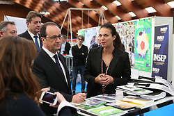 "29.03.2016, Paris, FRA, UEFA Euro, Hollande, 11 Tricolore, La France au rendez vous, im Bild der Staatspräsident der Französischen Republik Francois Hollande, giordano (isabelle) // during a visit at the INSEP or French National Institute of Sport and Physical Education, as part of the event ""11 Tricolore, La France au rendez- vous"" in Paris, France on 2016/03/29. EXPA Pictures © 2016, PhotoCredit: EXPA/ Pressesports/ Laurent Argueyrolles<br /> <br /> *****ATTENTION - for AUT, SLO, CRO, SRB, BIH, MAZ, POL only*****"