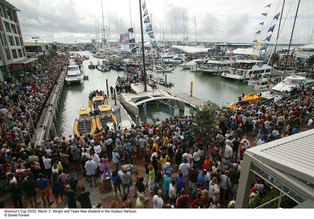 Alinghi and TNZ celebrating<br /> America's Cup 2003<br /> Auckland, New Zealand