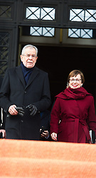 26.01.2017, Historischer Sitzungssaal, Wien, AUT, Parlament, 18. Bundesversammlung zur Angelobung des neuen Bundespräsidenten Van der Bellen, im Bild Bundespräsident Alexander Van der Bellen mit seiner Frau Doris Schmidauer // federal president of Austria Alexander Van der Bellen with his wife Doris Schmidauer during inauguration ceremony for the new federal president of austria at austrian parliament in Vienna, Austria on 2017/01/26, EXPA Pictures © 2017, PhotoCredit: EXPA/ Michael Gruber