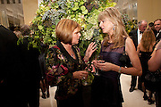 FIONA SANGSTER; SUE ROY, The cartier Racing Awards hosted by Arnaud Bamberger and the hon Harry Herbert. Claridges. London. 17 November 2009.