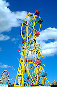Double Ferris Wheel at the Minnesota State Fair.  St Paul Minnesota USA