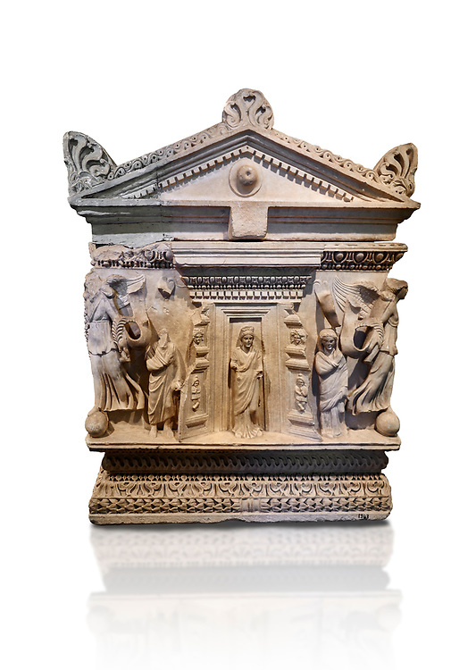 End panel of a Roman relief garland  sculpted sarcophagus, style typical of Pamphylia, 3rd Century AD, Konya Archaeological Museum, Turkey. Against a white background. .<br /> <br /> If you prefer to buy from our ALAMY STOCK LIBRARY page at https://www.alamy.com/portfolio/paul-williams-funkystock/greco-roman-sculptures.html . Type -    Konya     - into LOWER SEARCH WITHIN GALLERY box - Refine search by adding a subject, place, background colour, museum etc.<br /> <br /> Visit our ROMAN WORLD PHOTO COLLECTIONS for more photos to download or buy as wall art prints https://funkystock.photoshelter.com/gallery-collection/The-Romans-Art-Artefacts-Antiquities-Historic-Sites-Pictures-Images/C0000r2uLJJo9_s0