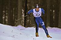 20011202: Jonas Tetlie fra Sør-Fron idrettslag og Lofoten ble slått ut i de innledene rundene søndagens utslagsrenn Gålåsprinten på Dombås. Langrenn menn. (Foto: Andreas Fadum)