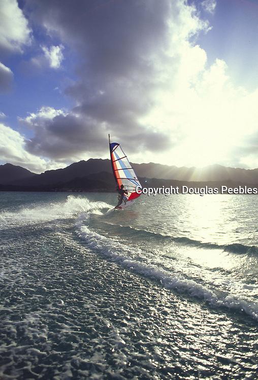 Windsurfing, Kailua, Oahu, Hawaii<br />