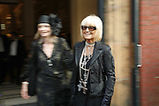 Jan de Villeneuve and Barbara Hulanicki. The Biba Ball in aid of CLIC Sargent. Victoria & Albert Museum, London. 11 May 2006.ONE TIME USE ONLY - DO NOT ARCHIVE  © Copyright Photograph by Dafydd Jones 66 Stockwell Park Rd. London SW9 0DA Tel 020 7733 0108 www.dafjones.com