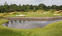 SPIJK - Hole 16 van The Dutch met logo.   Golfbaan THE DUTCH,  waar het KLM Open in september 2016 zal worden gehouden. COPYRIGHT KOEN SUYK