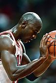 BASKETBALL_Michael Jordan_5