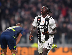 TURIN, March 9, 2019  FC Juventus's Moise Kean (R) scores his goal during a Serie A soccer match between Juventus and Udinese in Turin, Italy, March 8, 2019. Juventus won 4-1. (Credit Image: © Alberto Lingria/Xinhua via ZUMA Wire)