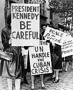 Description Women Strike for Peace 47 Street New York, near the UN Building Date 1962.