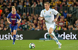 May 6, 2018 - Barcelona, Catalonia, Spain - Toni Kroos during the match between FC Barcelona and Real Madrid CF, played at the Camp Nou Stadium on 06th May 2018 in Barcelona, Spain.  Photo: Joan Valls/Urbanandsport /NurPhoto. (Credit Image: © Joan Valls/NurPhoto via ZUMA Press)