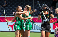 ANTWERP - BELFIUS EUROHOCKEY Championship.women  Ireland-Gemany (1-1).  Germany placed for semifinals . Ireland scored. Nike Lorenz (Ger) , Selin Oruz (Ger) , Sarah Hawkshaw (Irl) with Kathryn Mullan (Irl)   WSP/ KOEN SUYK