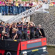 NLD/Amsterdam/20190803 - Gaypride 2019, Brandweer Amsterdam boot