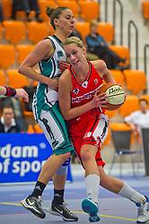 30-01-2011 BASKETBAL: DAMES ALL STAR GALA: ROTTERDAM<br /> Belinda Bos (L), Sharon Beld<br /> ©2011-WWW.FOTOHOOGENDOORN.NL / Peter Schalk
