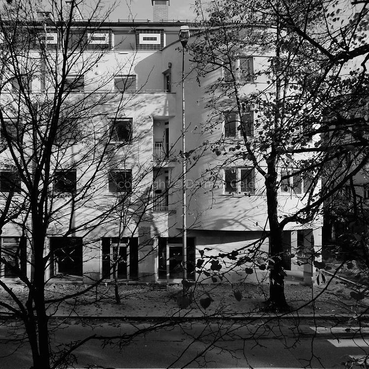 Stanovanjsko - poslovna hiša na Resljevi ulici