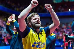 May 4, 2018 - Halmstad, Sverige - 180504 Sveriges Jon Persson jublar efter segern i kvartsfinalen mot England under dag 6 av Lag-VM i bordtennis den 4 maj 2018 i Halmstad  (Credit Image: © Daniel Stiller/Bildbyran via ZUMA Press)