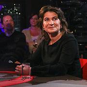NLD/ENSCHEDE/20121222-SERIOUS REQUEST DAG 5 - Minister voor Buitenlandse Handel en Ontwikkelingssamenwerking Lilianne Ploumen aan tafel bij Patrick Lodiers