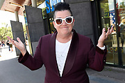 Cast Orange Is the New Black op Museumplein om een selfie te maken.<br /> <br /> Cast Orange Is the New Black on Museumplein to take a selfie.<br /> <br /> op de foto / On the photo: <br /> <br />  Lea DeLaria