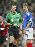 SBI/PHOTOGRAPHER HARRY HERD.         PORTSMOUTH 4 V MAN CITY 2. PORTSMOUTH CAPTAIN TEDDY SHERINGHAM GETS AN EAR BLASTING FROM REFEREE MR. M. MESSIAS AGAINST MAN CITY IN THE BARCLAYCARD PREMIERSHIP MATCH AT FRATTON PARK.<br /> PIC BY HARRY HERD.