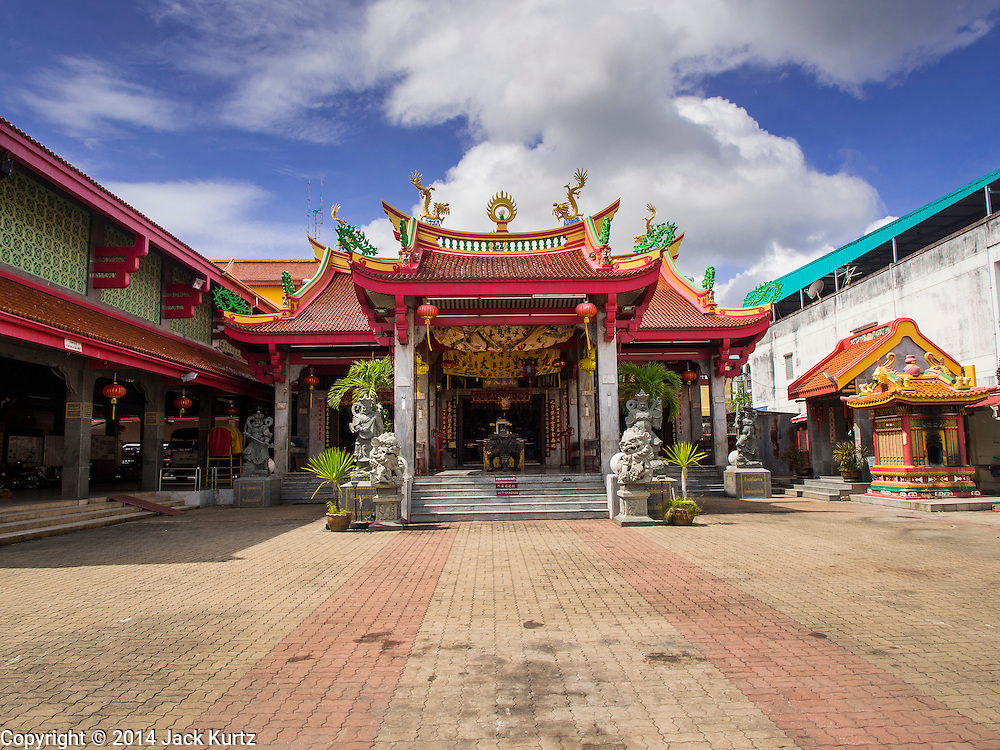 27 DECEMBER 2014 - PHUKET TOWN, PHUKET, THAILAND: Pud Jor Shrine, a large Chinese shrine in Phuket town. Phuket has a large Chinese minority that is active in business and civic life.    PHOTO BY JACK KURTZ