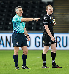 Referee Steve Lee<br /> <br /> Photographer Simon King/Replay Images<br /> <br /> Anglo-Welsh Cup Round 4 - Ospreys v Bath Rugby - Friday 2nd February 2018 - Liberty Stadium - Swansea<br /> <br /> World Copyright © Replay Images . All rights reserved. info@replayimages.co.uk - http://replayimages.co.uk