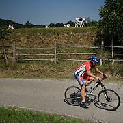 Escursione in bicletta nel Parco Montevecchia Curone..Bicycle tour in Montevecchia park and Curone valley