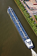 Nederland,  Utrecht, Maarssen,23-05-2011; Amsterdam-Rijnknaal. Gastanker binnenvaartschip in het Amsterdam-Rijnkanaal. .luchtfoto (toeslag), aerial photo (additional fee required).copyright foto/photo Siebe Swart
