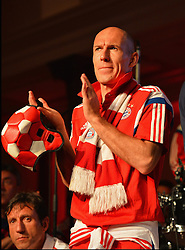 "17.05.2014, T Com, Berlin, GER, DFB Pokal, Bayern Muenchen Pokalfeier, im Bild Arjen Robben celebrates Arjen Robben, // during the FC Bayern Munich ""DFB Pokal"" Championsparty at the T Com in Berlin, Germany on 2014/05/17. EXPA Pictures © 2014, PhotoCredit: EXPA/ Eibner-Pressefoto/ EIBNER<br /> <br /> *****ATTENTION - OUT of GER*****"